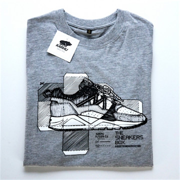 THE SNEAKERS BOX x KWILLS x KARHU S/S TEE - TSB002